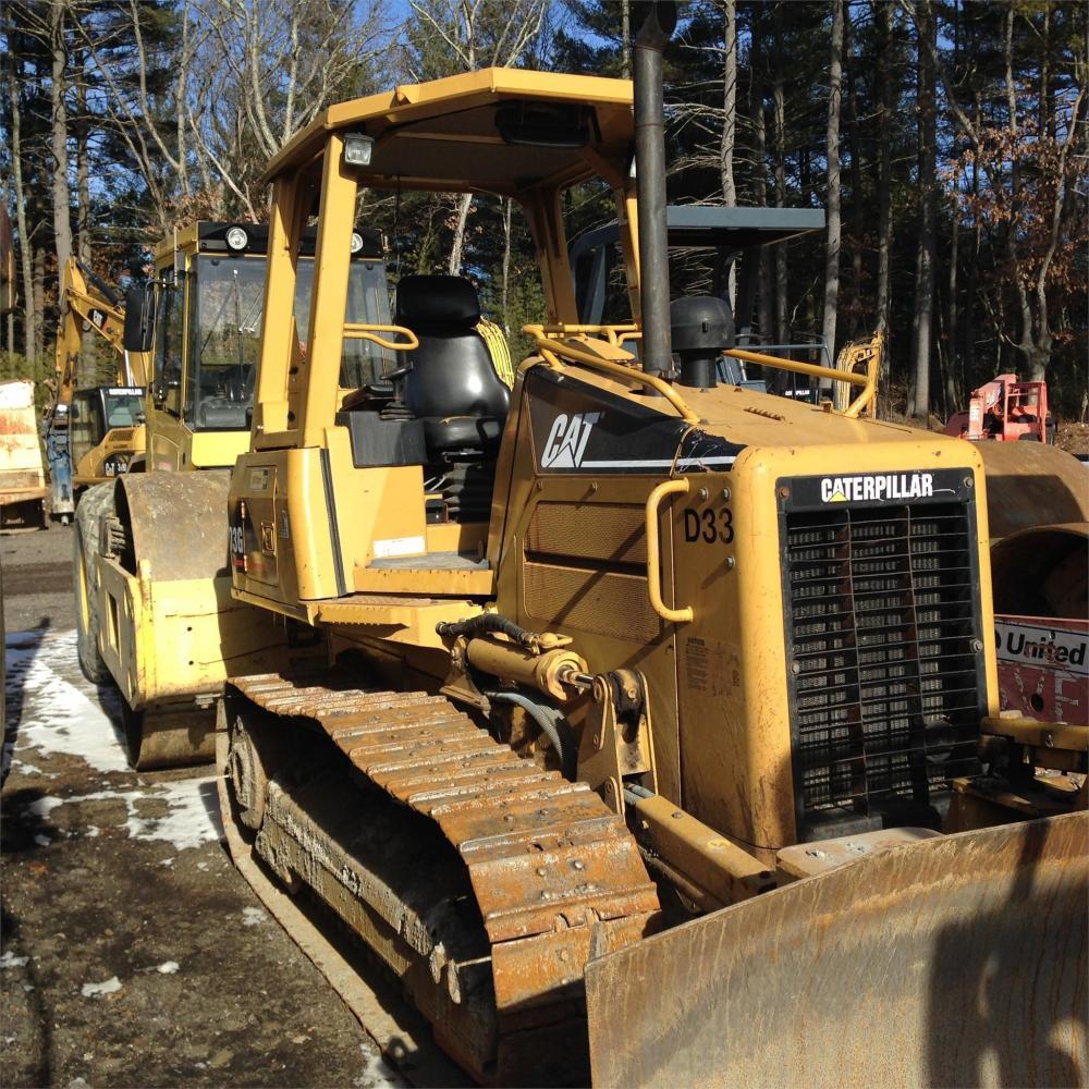 Detail photo of 2005 Caterpillar D3G XL from Construction Equipment Guide