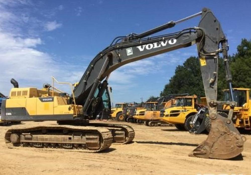Detail photo of 2013 Volvo EC380DL from Construction Equipment Guide