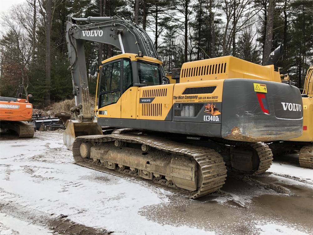 Detail photo of 2012 Volvo EC340DL from Construction Equipment Guide