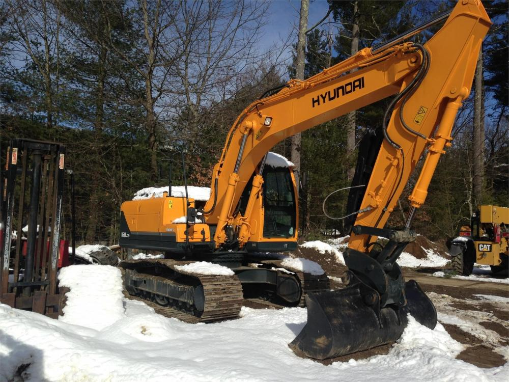 Detail photo of 2011 Hyundai ROBEX 160 LC-9 from Construction Equipment Guide