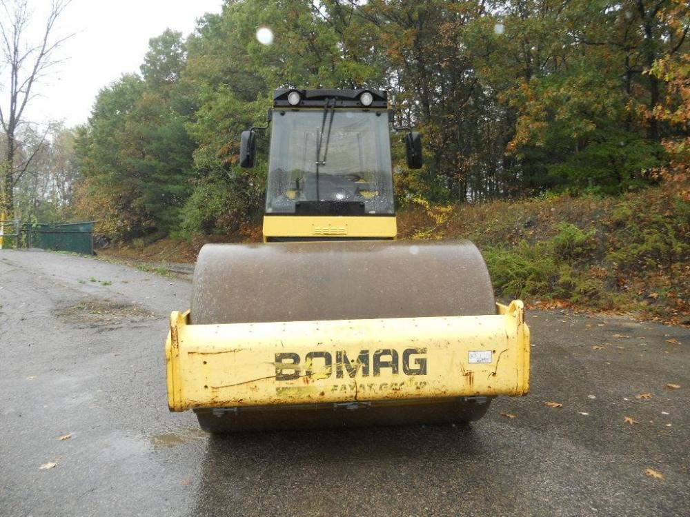 Detail photo of 2007 Bomag BW 211 D-40 from Construction Equipment Guide