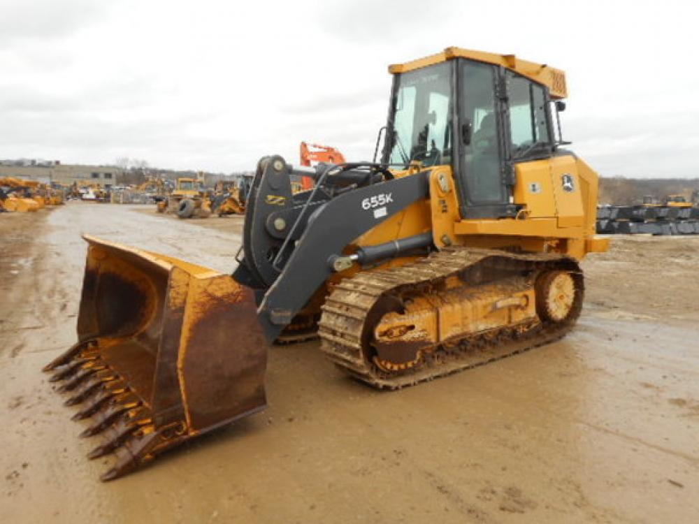 Detail photo of 2014 John Deere 655K from Construction Equipment Guide