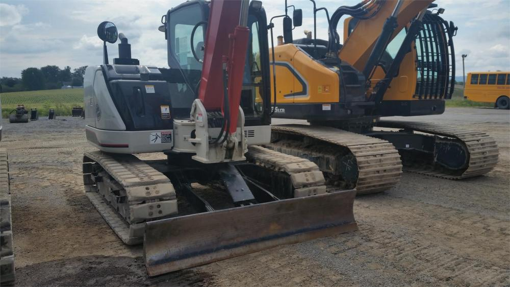 Detail photo of 2015 Link-Belt 80 X3 from Construction Equipment Guide