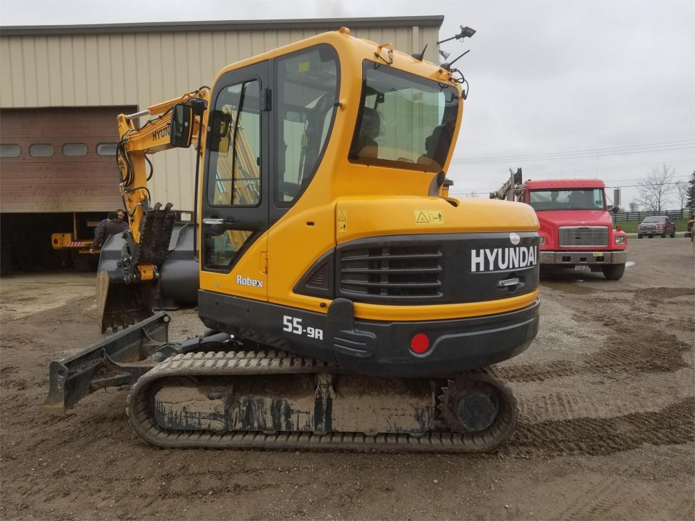 Detail photo of 2018 Hyundai ROBEX 55-9A from Construction Equipment Guide