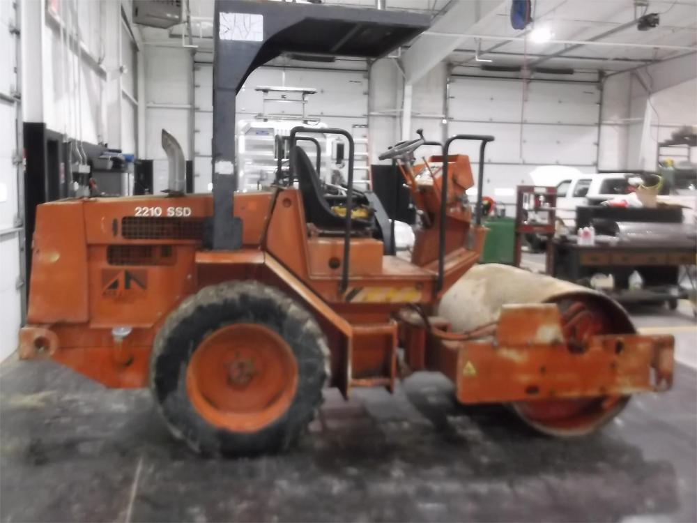Detail photo of 1998 Hamm 2210SD from Construction Equipment Guide