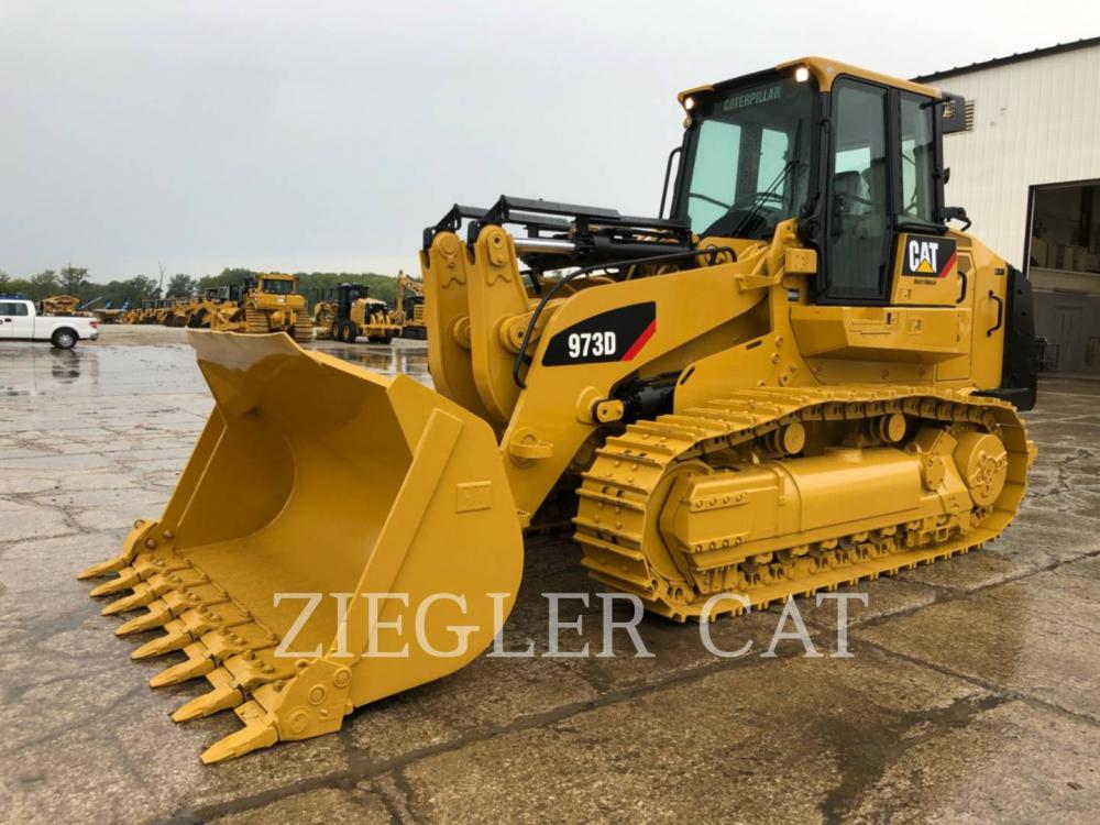 Detail photo of 2014 Caterpillar 973D from Construction Equipment Guide