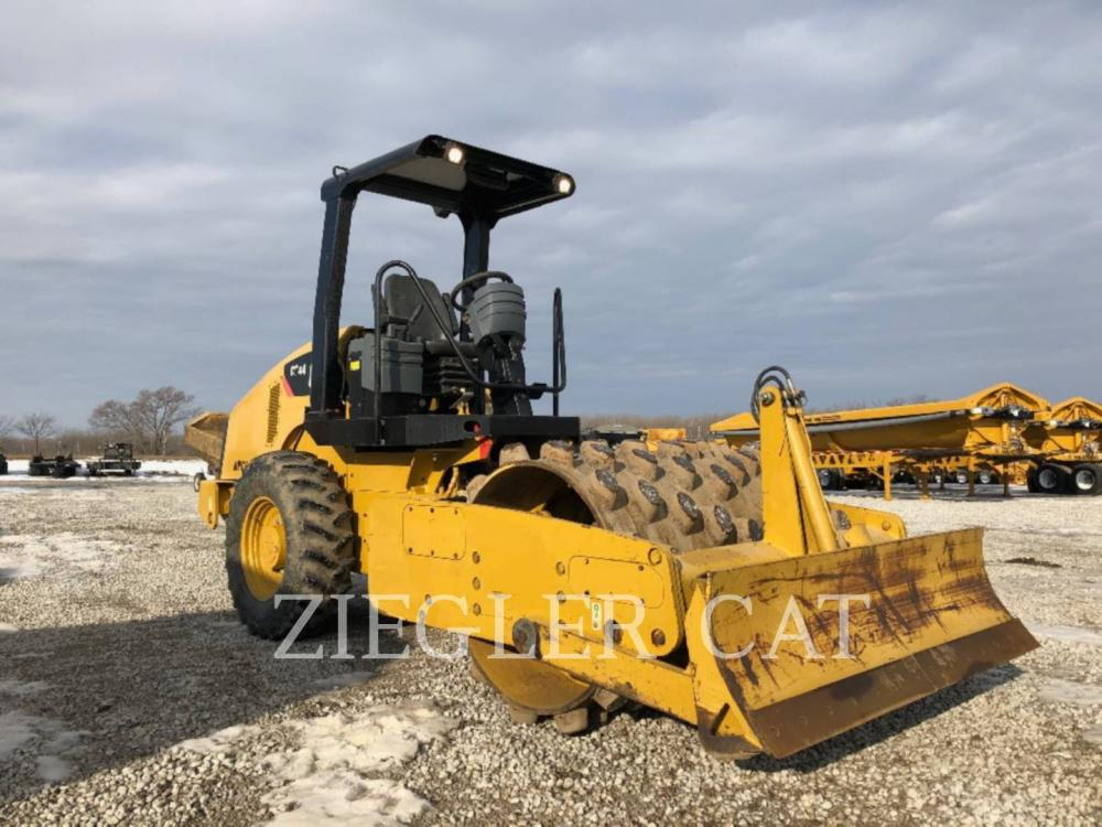 Detail photo of 2013 Caterpillar CP44 from Construction Equipment Guide