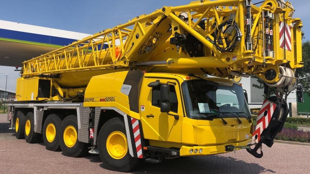 Detail photo of 2016 Grove GMK5250L from Construction Equipment Guide