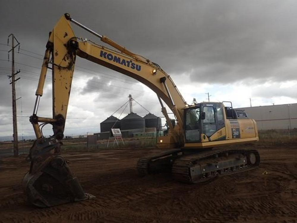 Detail photo of 2015 Komatsu PC360LC-11 from Construction Equipment Guide