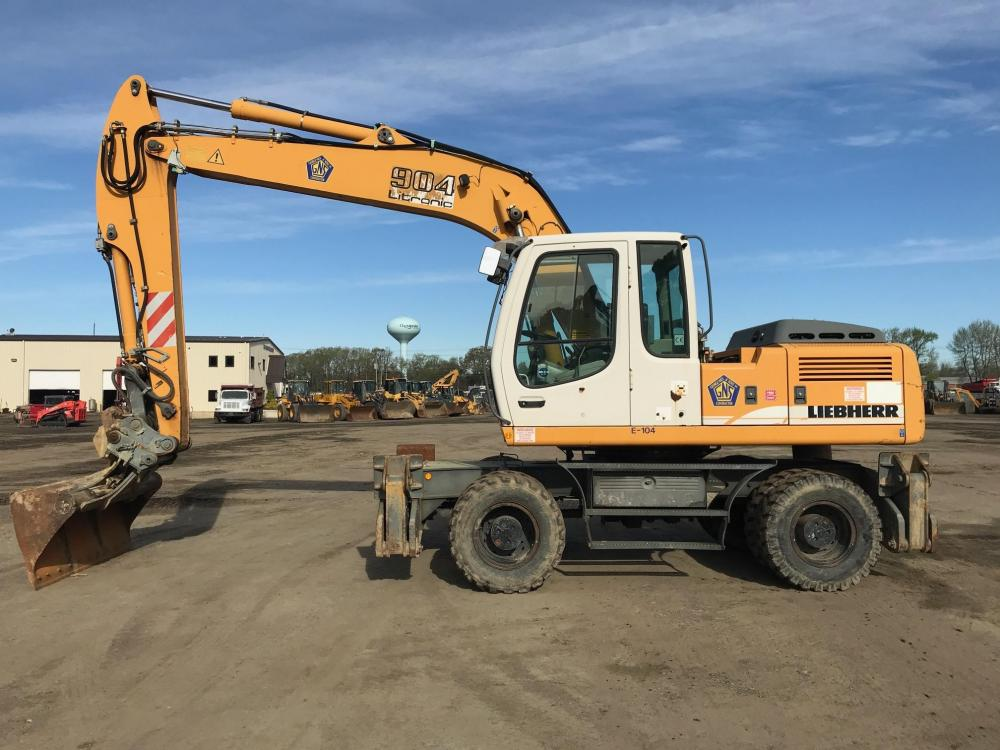 Detail photo of 2008 Liebherr A904C LITRONIC from Construction Equipment Guide