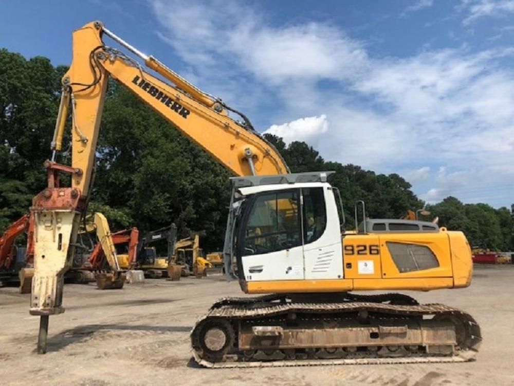 Detail photo of 2011 Liebherr R926 LC from Construction Equipment Guide
