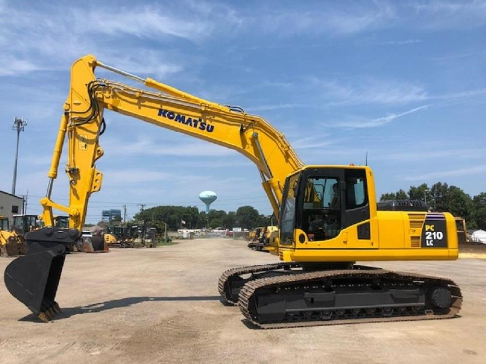Detail photo of 2011 Komatsu PC210LC-8 from Construction Equipment Guide