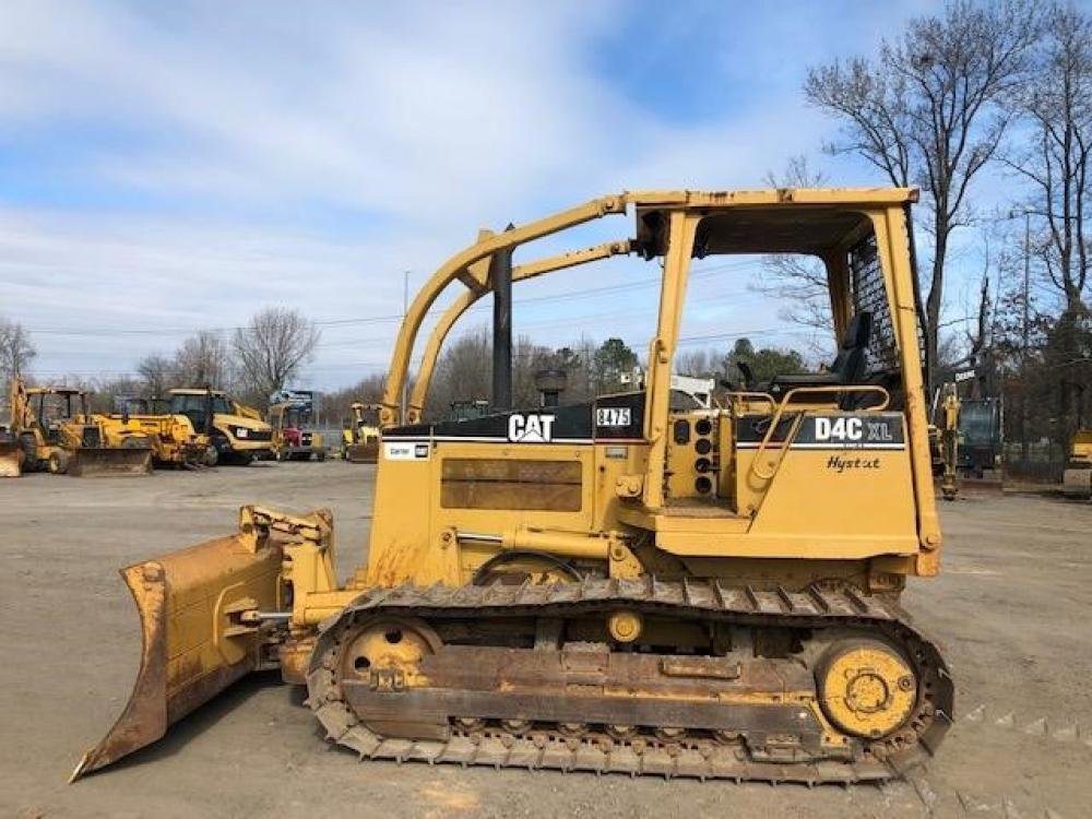 Detail photo of 1998 Caterpillar D4C XL III from Construction Equipment Guide