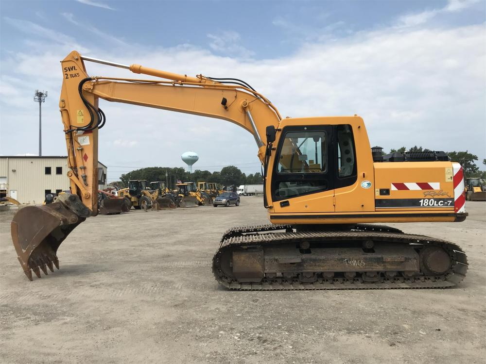 Detail photo of 2006 Hyundai ROBEX 180 LC-7 from Construction Equipment Guide