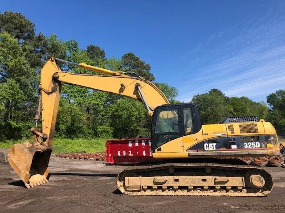 Detail photo of 2006 Caterpillar 325DL from Construction Equipment Guide