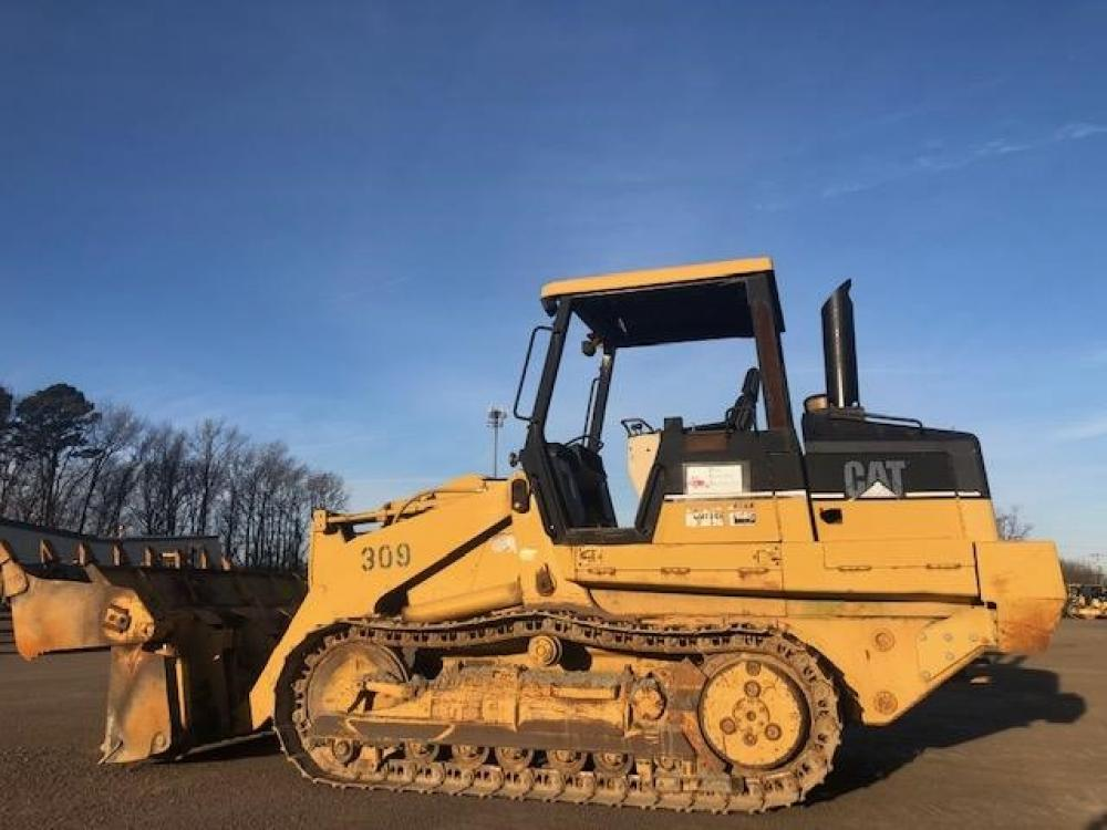 Detail photo of 1999 Caterpillar 953C from Construction Equipment Guide