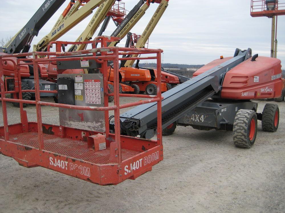 Detail photo of 2012 Skyjack SJ 40T from Construction Equipment Guide