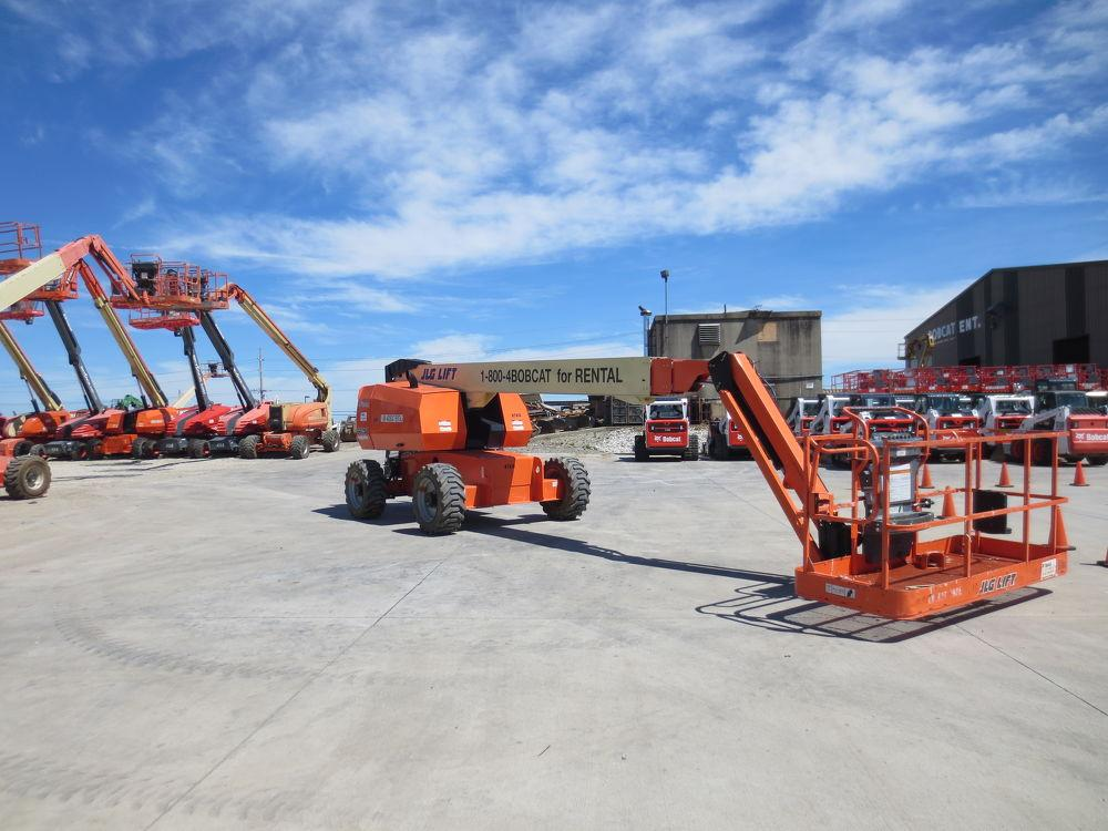 Detail photo of 2013 JLG 660SJ from Construction Equipment Guide