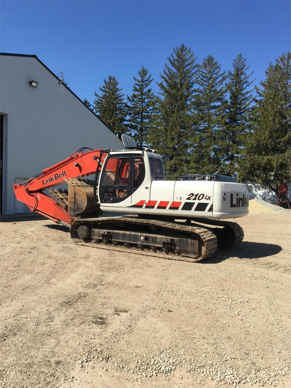 Detail photo of 2006 Link-Belt 210 LX from Construction Equipment Guide