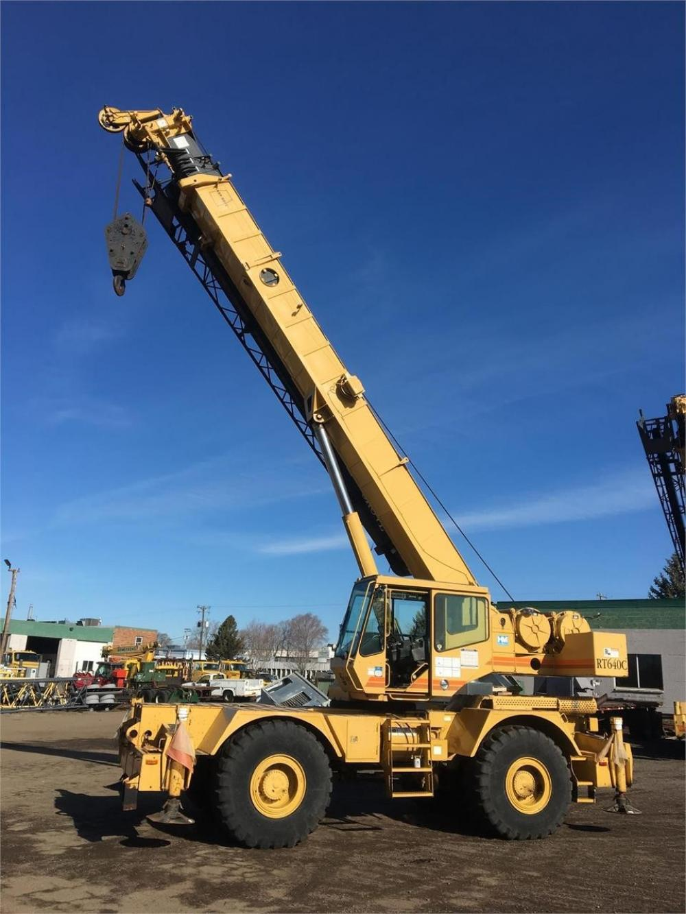 Detail photo of 2001 Grove RT640C from Construction Equipment Guide
