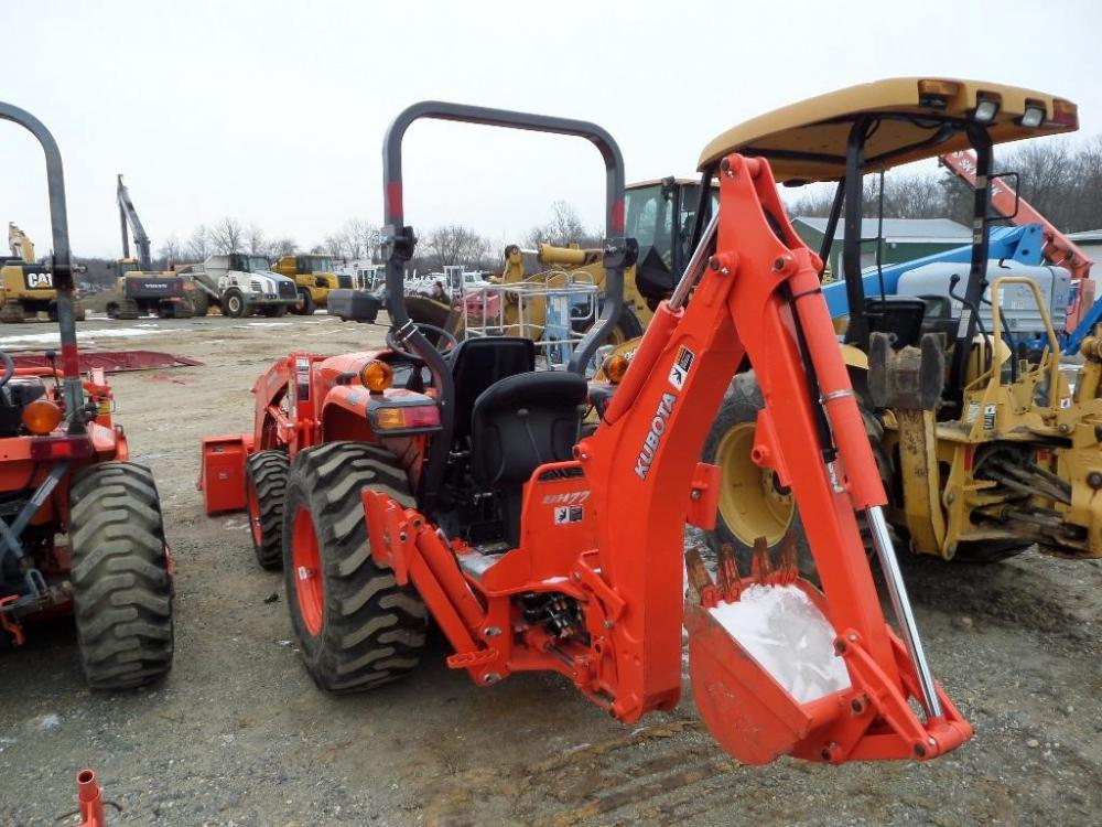 Detail photo of 2013 Kubota L3200D from Construction Equipment Guide