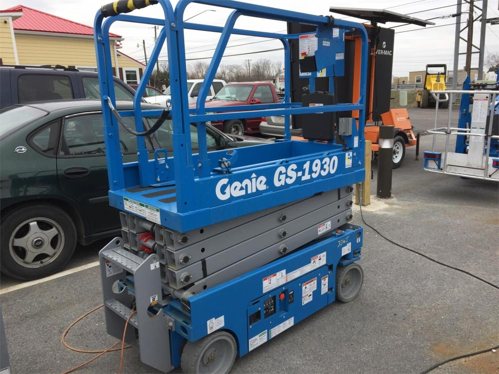 Detail photo of 2018 Genie GS-1930 from Construction Equipment Guide