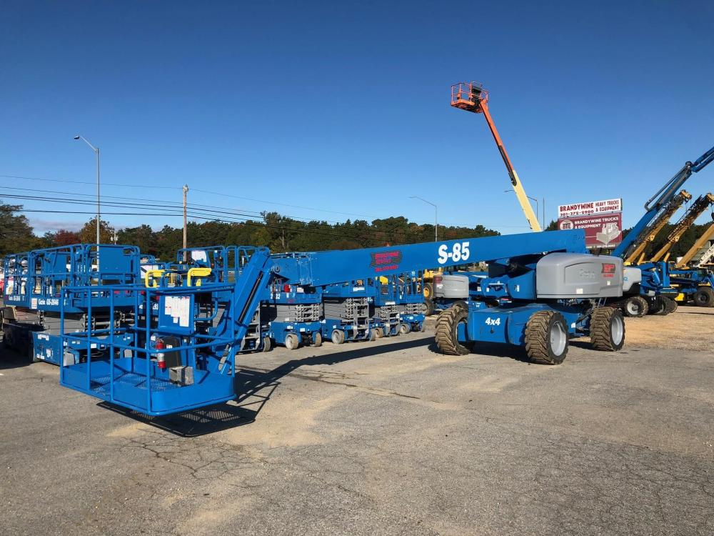 Detail photo of 2013 Genie S-85 from Construction Equipment Guide