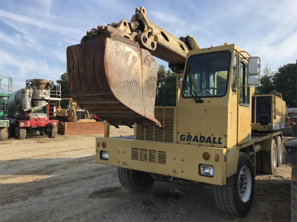 Detail photo of 2000 Gradall XL4100 from Construction Equipment Guide