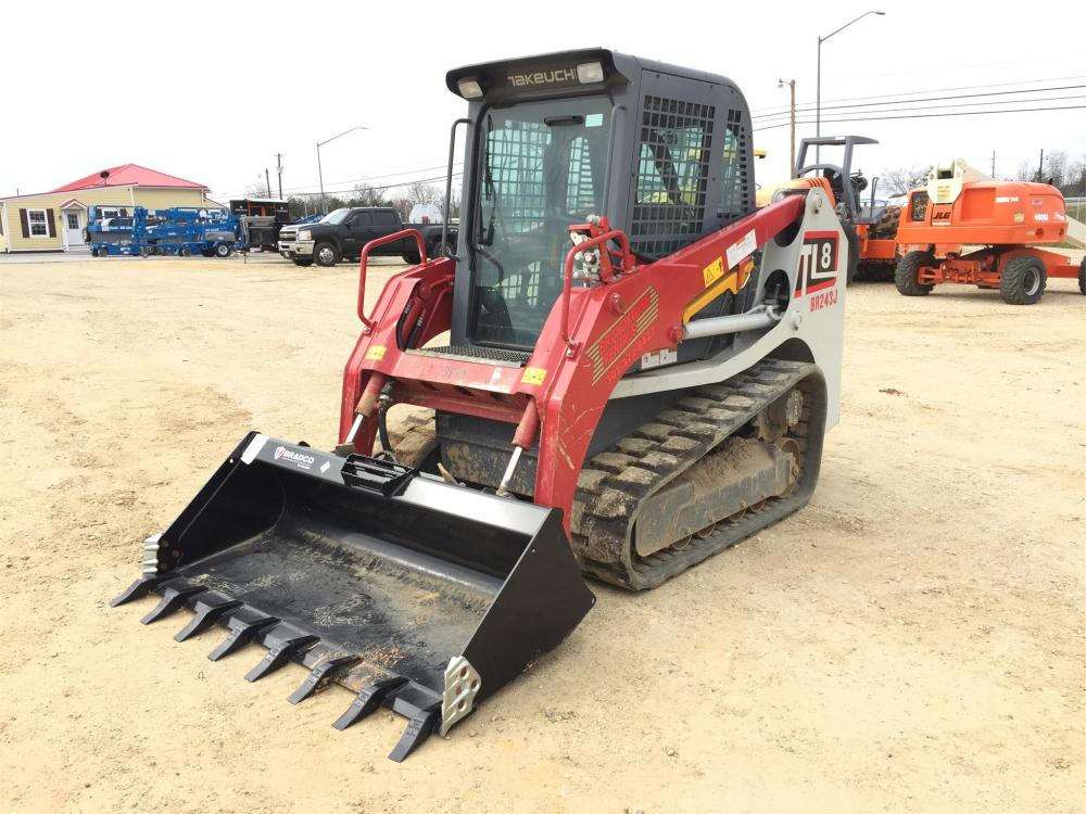 Detail photo of 2016 Takeuchi TL8 from Construction Equipment Guide