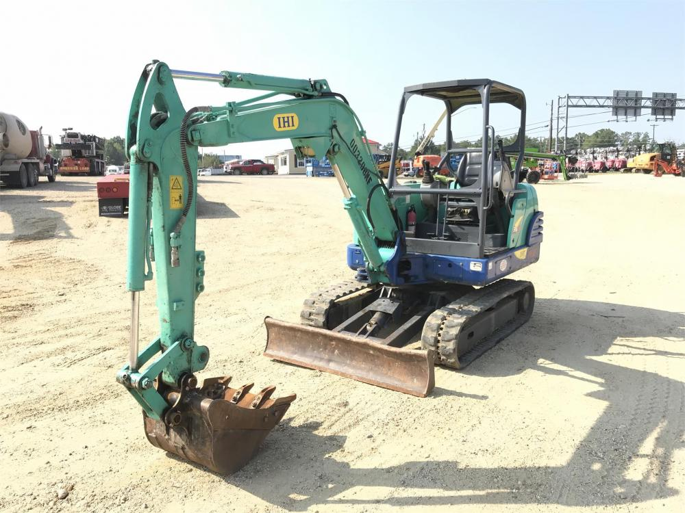 Detail photo of 2010 IHI 35N3 from Construction Equipment Guide