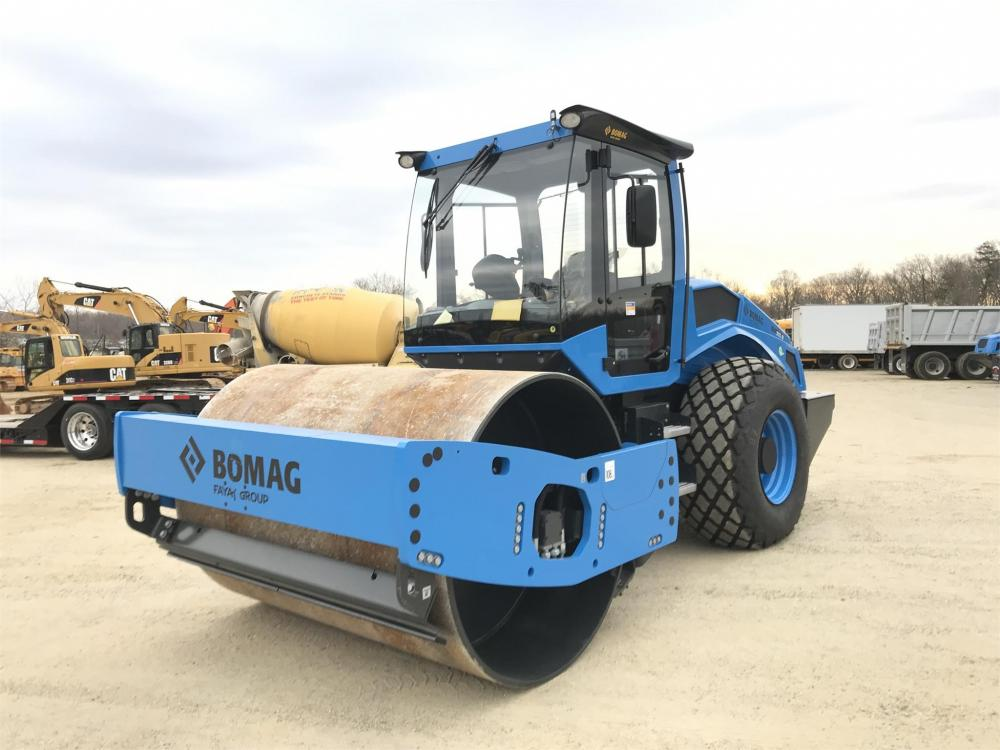 Detail photo of 2018 Bomag BW 213 D-5 from Construction Equipment Guide