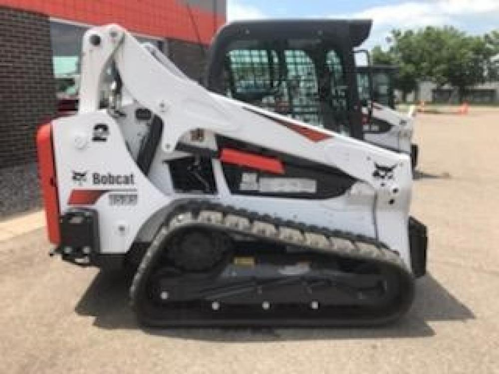Detail photo of 2019 Bobcat T595 from Construction Equipment Guide