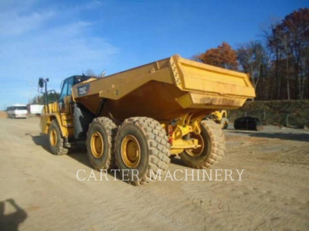 Detail photo of 2015 Caterpillar 725C from Construction Equipment Guide