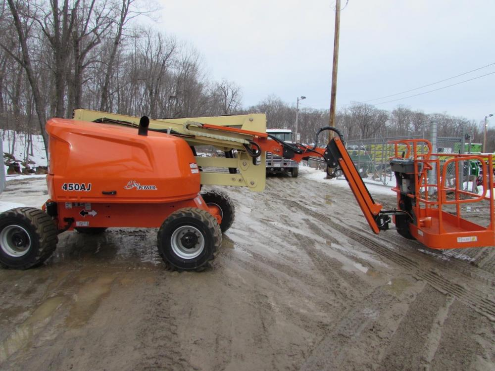 Detail photo of 2016 JLG 450AJ from Construction Equipment Guide