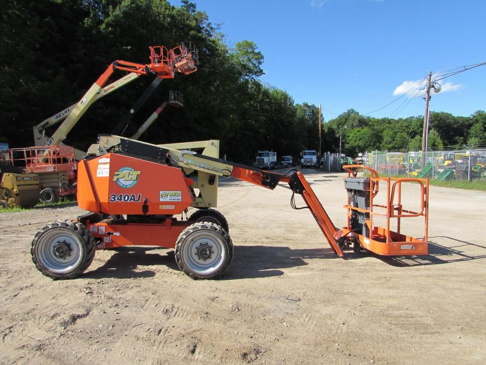 Detail photo of 2013 JLG 340AJ from Construction Equipment Guide