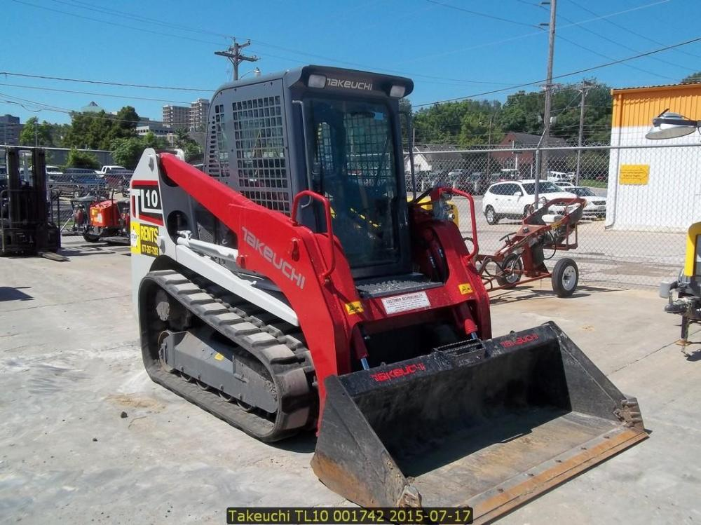 Detail photo of 2015 Takeuchi TL10 from Construction Equipment Guide