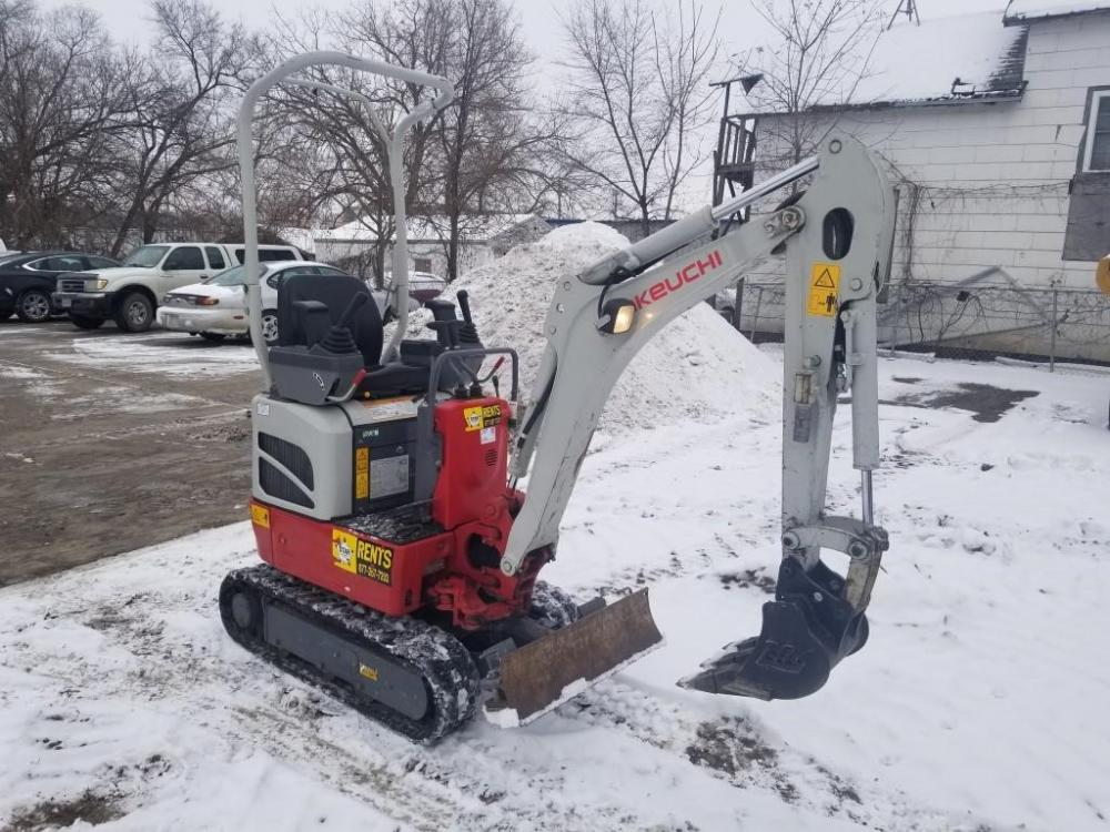 Detail photo of 2016 Takeuchi TB210R from Construction Equipment Guide