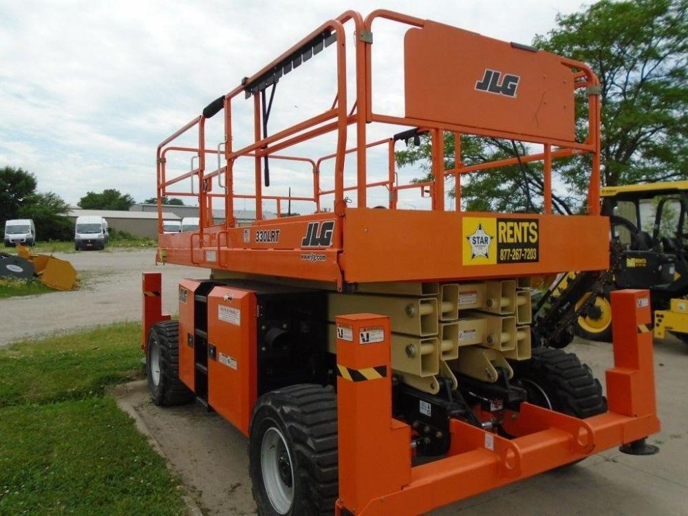 Detail photo of 2017 JLG 330LRT from Construction Equipment Guide