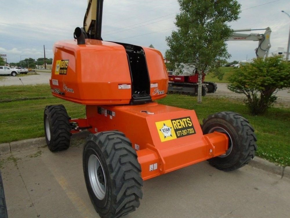 Detail photo of 2017 JLG 460SJ from Construction Equipment Guide