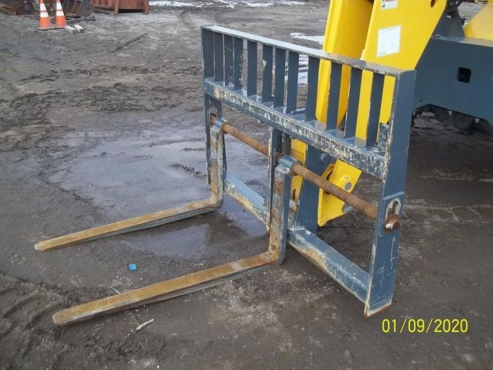 Detail photo of 2018 Gehl 804979 from Construction Equipment Guide