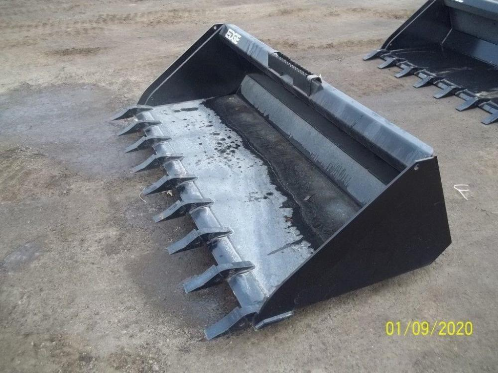 Detail photo of 2019 Edge Manufacturing 501884 from Construction Equipment Guide