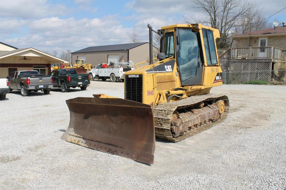 Detail photo of 2003 Caterpillar D5G XL from Construction Equipment Guide