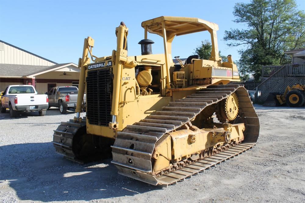 Detail photo of 1986 Caterpillar D6H LGP from Construction Equipment Guide