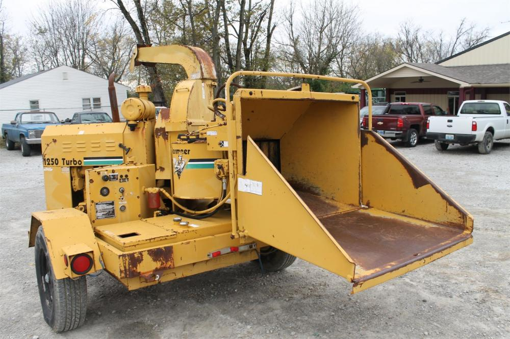 Detail photo of  Vermeer BC1250 from Construction Equipment Guide