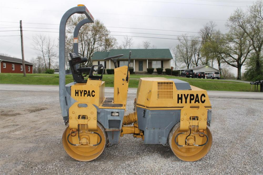 Detail photo of 1999 Hypac C747B from Construction Equipment Guide