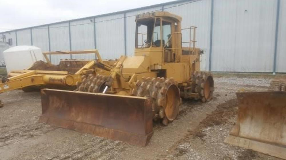 Detail photo of 1982 Caterpillar 815B from Construction Equipment Guide