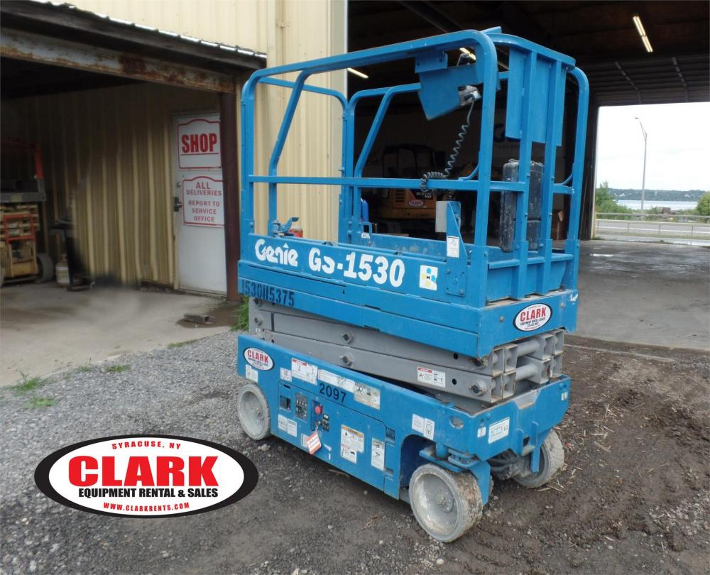 Detail photo of 2012 Genie GS-1530 from Construction Equipment Guide