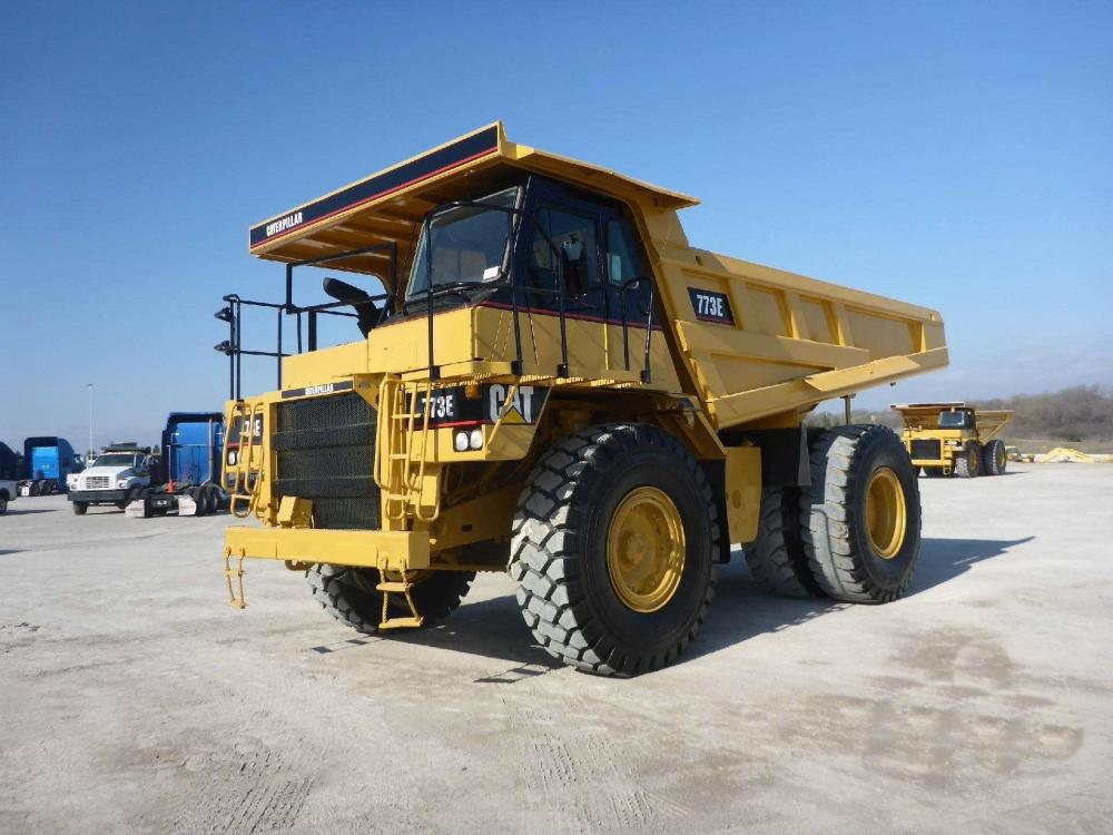 Detail photo of 2002 Caterpillar 773E from Construction Equipment Guide