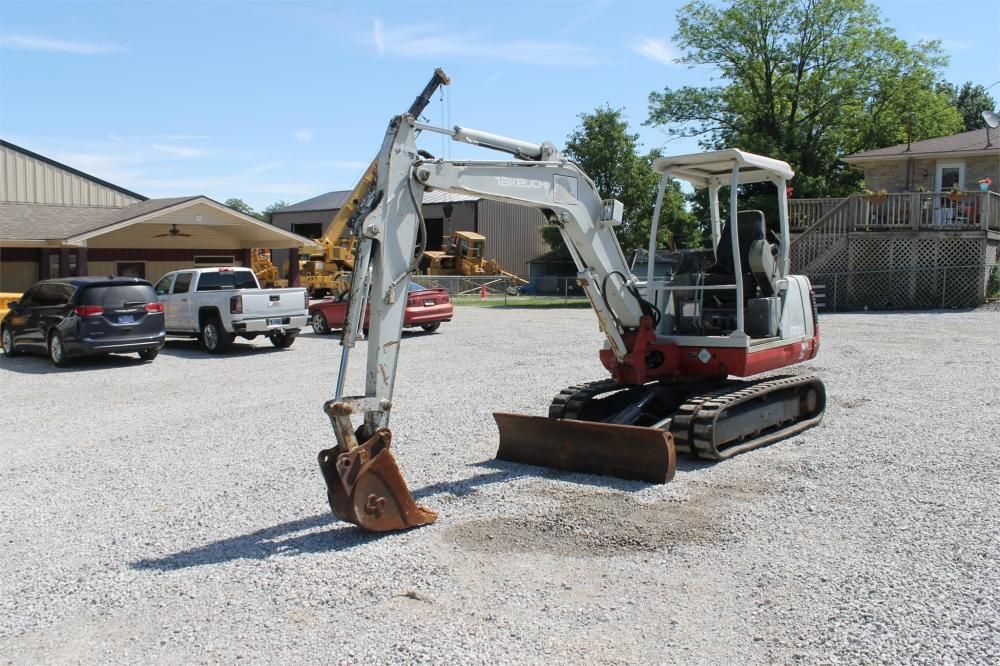 Detail photo of  Takeuchi TB135 from Construction Equipment Guide
