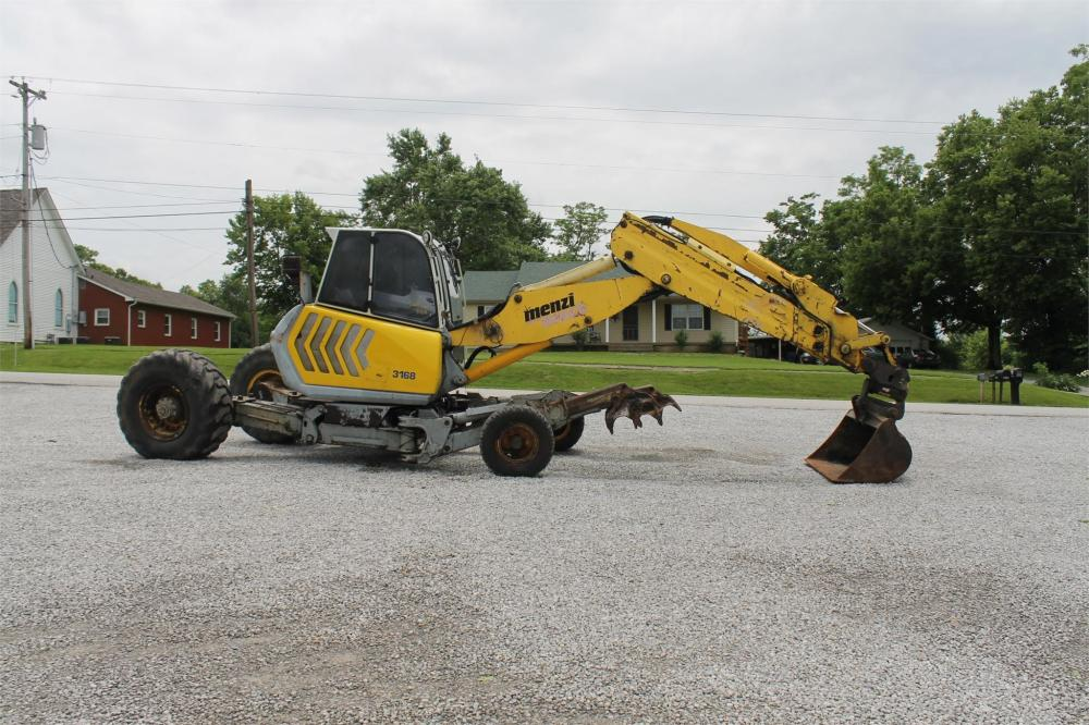 Detail photo of  Menzi Muck A91 from Construction Equipment Guide